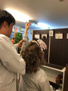 神戸市兵庫区 女性 五十肩(肩関節周囲炎)